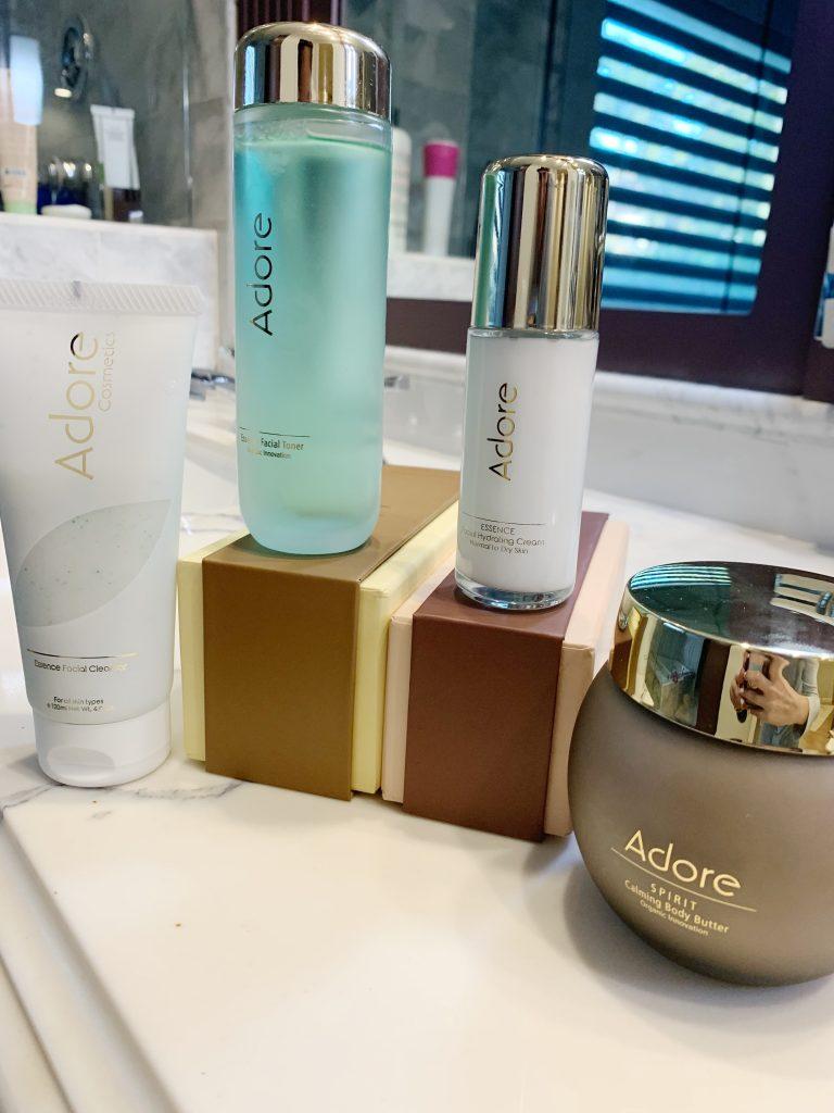 Adore Cosmetics - Mommin' Aint Easy